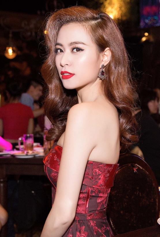Hoàng Thùy Linh 8