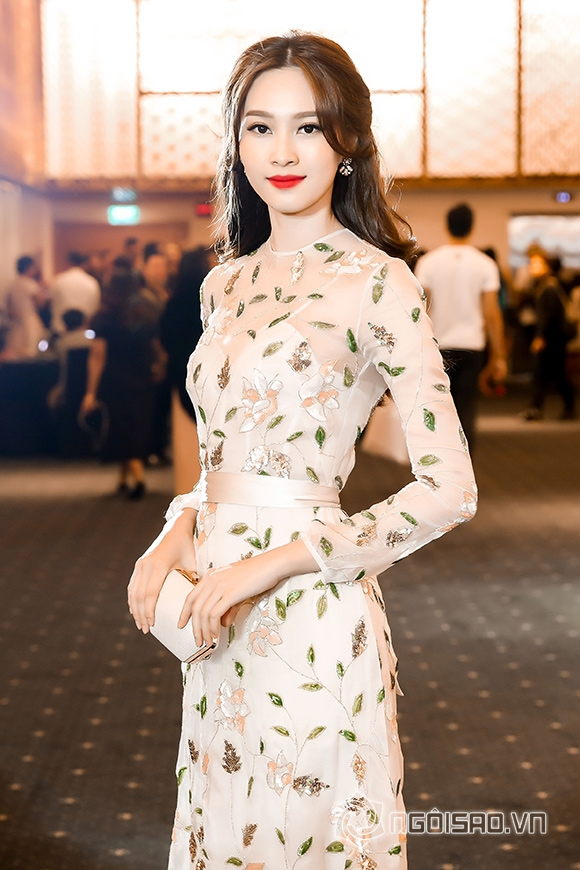 Phạm Hương đối lập phong cách thời trang với Đặng Thu Thảo 2