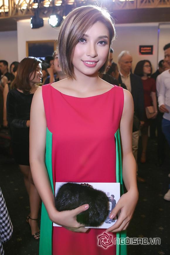 Phạm Hương đối lập phong cách thời trang với Đặng Thu Thảo 8