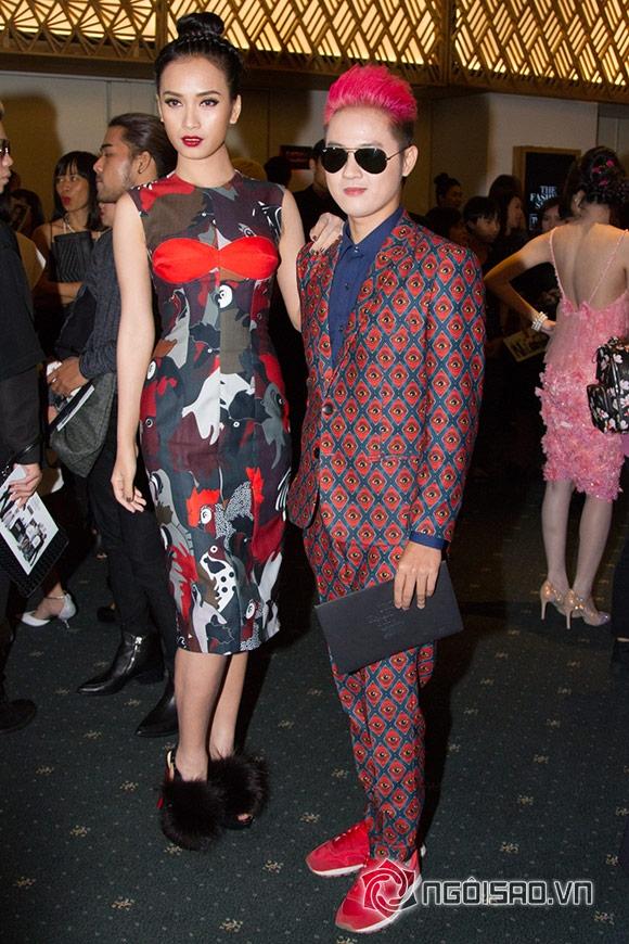 Phạm Hương đối lập phong cách thời trang với Đặng Thu Thảo 17